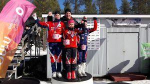 Teodora Westerlund, Ella Liljekvist och Rebecca Sandnäs knep FM-guld.