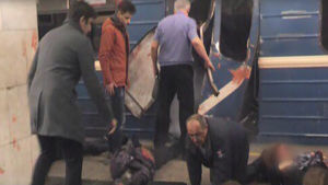 Tio döda i metroexplosion i S:t Petersburg