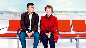 Steve Coogan ja Judi Dench elokuvassa Philomena