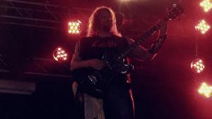 Circle yhty keikalla, kuvassa basisti Jussi Lehtisalo