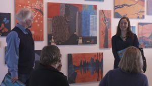 Linda Bondestam öppnar sin utställning i Umeå