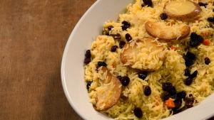 Persialainen riisi perunan kera.