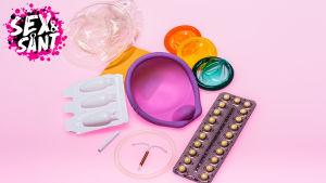 en  massa olika preventivmedel på en ljusröd bakgrund
