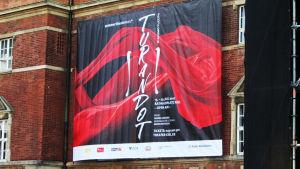 Kielin oopperan Turandot.