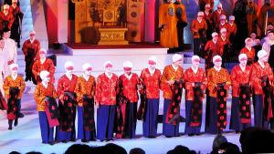 Kielin oopperan Turandotin aplodit.