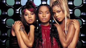 TLC-yhtye. Kuva dokumenttisarjasta Paluu 90-luvulle (2014).