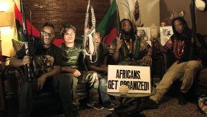 Afroamerikkalaisten aktivistien liike vahvistuu. Se valmistautuu puolustamaan omiaan, joista moni ei luota poliisiin.