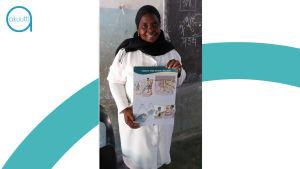Oppia koulusta kotiin: Xinavanessa sijaitsevan alakoulun opettajaa Anabela Dava kertoo lapsille malariasta, sen ehkäisystä ja hoidosta.