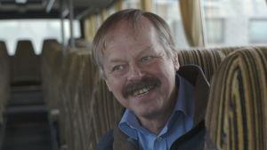 Guy Kronqvist skrattar