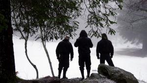 Black metal -fanit ovat päässeet unelmiensa Norjaan. Kuva dokumentista Blackhearts: mustan metallin maailma