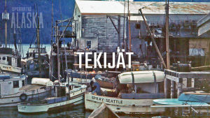 """Vanha valokuva kalastajakylästä, jonka päällä on teksti """"tekijät""""."""