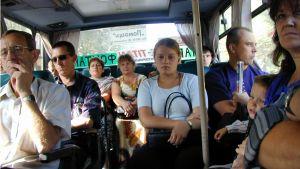 Venäläien turistibussi