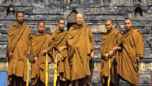 Buddhalaisia munkkeja Thaimaassa