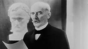 Presidentti Ståhlberg pitämässä puhetta