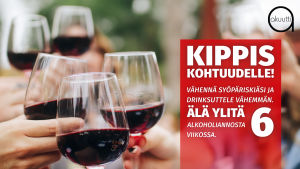 viinilaseja kilistellään