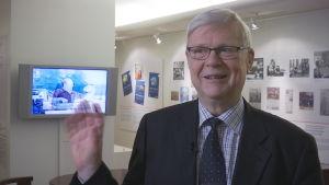 börsexperten Kim Lindström i Nordeas bankmuseum