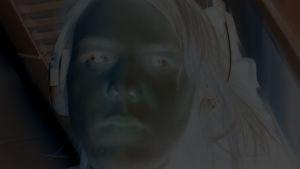 negatiivikuva kasvoista