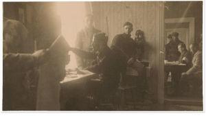 Valkoisten 1. kenttälennätinosaston asema Länkipohjassa 21.3.1918 kauppias Vuorentalon asunnossa.