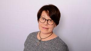 Unitutkija, professori Anu-Katriina Pesonen