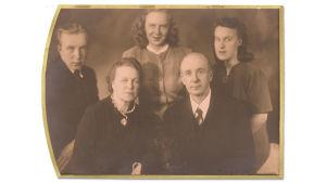 Väinö Pesolan perhe 1941
