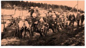 Wilkmanin kolonna lepotauolla Orivedellä 17.3.1918 matkallaan kohti Tamperetta