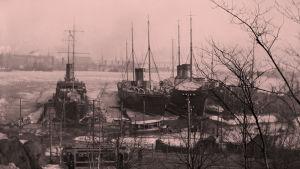 Venäläisiä sotalaivoja Helsingin satamassa huhtikuun alussa 1918