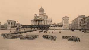Saksalaisten sotilasparaati Helsingissä 14.4.1918.