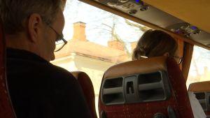 personer i buss