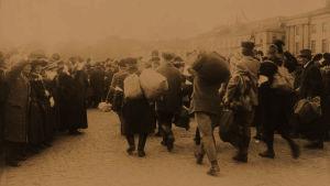 Realilyseon vangit vapautuvat 13.4.1918.