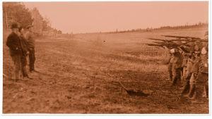Punaisten teloitus Säkkijärvellä 1918.