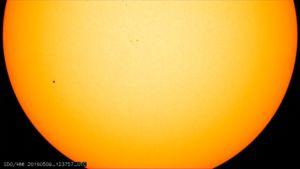 Solen och Merkurius.