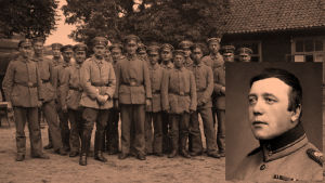 Jääkärit Liepajassa heinäkuussa 1917.