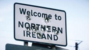Irlannin rajalla pelätään Britannian EU-eron voimistavan vanhaa vastakkainasettelua.
