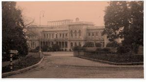 Tsaarin palatsi Livadia Krimillä ehkä helmikuussa 1945.