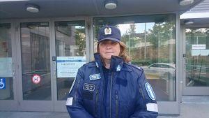 Överkonstapel Heidi Warelius i polisuniform
