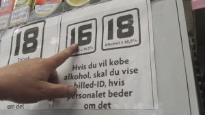 Åldersgränsen för att köpa alkohol i Danmark är 16 för vin