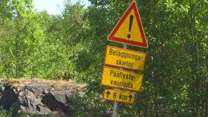 Varningsskylt vid Täktervägen