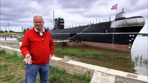 Arvo Tuominen ja Vytegran sukellusvene
