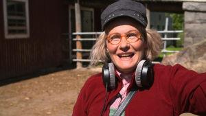 Humorkaraktären Maj-Fritt Heuwen i serien Stjärnorna på Knipan, Skådespelare: Hellen Willberg