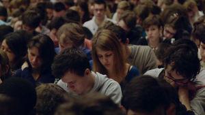 Elokuvakouluun pyrkijät kokeessa dokumentissa Pääsykokeet - unelmana elokuva (Le Concours)