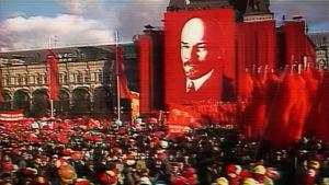 Lokakuun vallankumouksen 60-juhlintaa Moskovan Punaisella torilla.