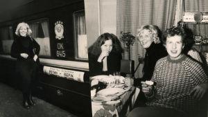 Pianistit Meri Louhos, Elina Saksala ja Arto Satukangas.