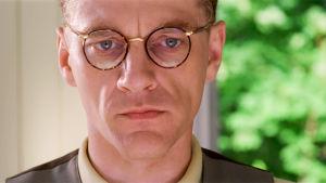 Ville Virtanen elokuvassa Säädyllinen murhenäytelmä (1998)