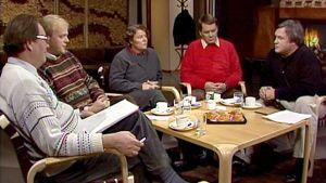 Kuvassa vasemmalta Olavi Borg, Lauri Ihalainen, Marianne Laxén, Risto Kuisma ja Risto Arkimies
