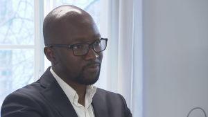 Zimbabwiern Obert Hodzi är politikforskare vid Helsingfors universitet.