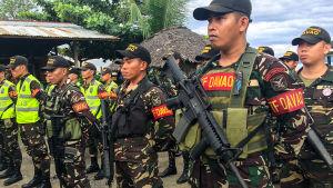 Presidentti Rodrigo Duarte julisti Filippiineille sodan huumeita vastaan.