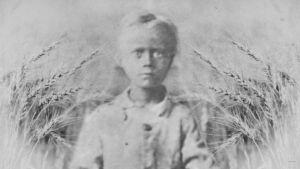 Kuvassa on pieni poika Padasjoelta nälänhädän aikana vuonna 1868