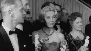 Jussi-gaala vuodelta 1959. Tea Ista ja muut näyttelijät.