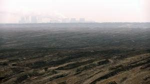 Dagbrottet Nochten försöjer kraftverket med kol (1)