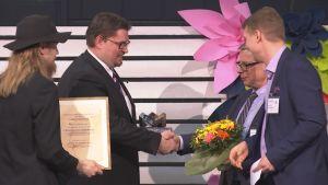 Lasse Rautio och Mikko Joensuu får Kemistsällskapets Innovationspis 2019